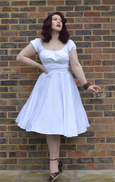 Hell Bunny Paula skirt in White