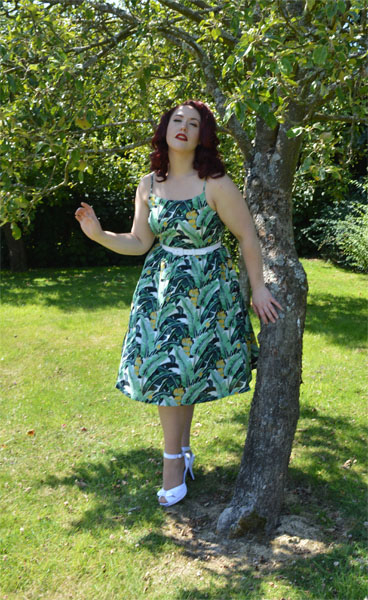 Lindy Bop Marlene dress Banana Leaf