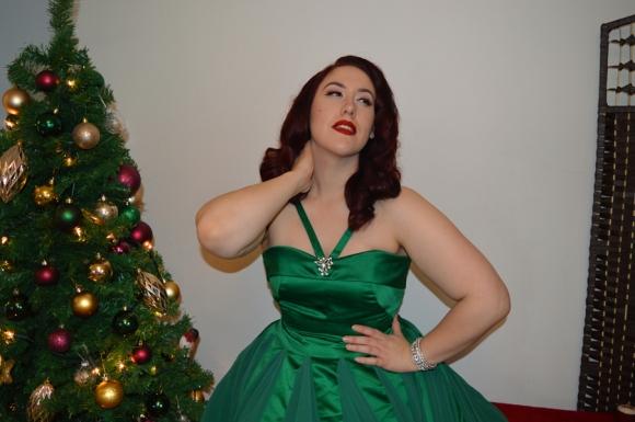 Unique Vintage Emerald Green Dovima dress