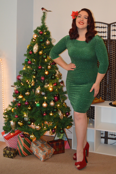 Zoe Vine Ava Green Velvet Wiggle Dress