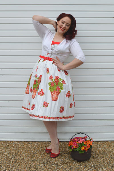 Dyann White Flower Pot Dress Retrospec'd