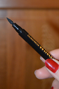 Rimmel London Wonder Wing liner pen stamp