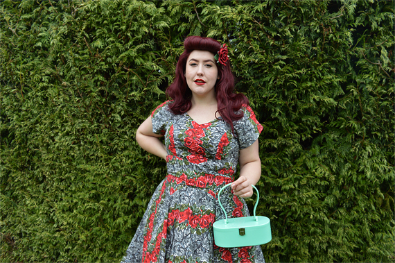 Miss Amy May Love UR Look 1950s Rose Belt Front dress