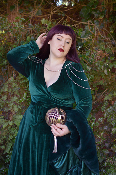 Miss Amy May Hogwarts vintage style Slytherin student pinup plus size inspired Harry Potter Cosplay disneybound