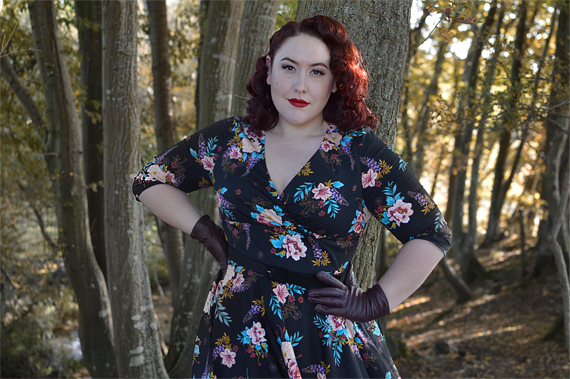 Hell Bunny Blue Bell 50s dress plus size pinup Miss Amy May fit review