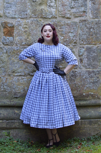 b9f7680d6d3e Unique Vintage plus size pinup 1940s 1950s dinner party style grey white  plaid sleeved sally swing ...