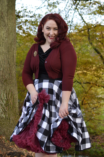 Heart of Haute Black velvet Deanna top Black check flannel circle skirt Miss Amy May plus size pinup