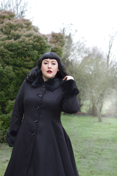 Hell Bunny Capulet coat and cape faux fur trim Miss Amy May plus size pinup fit size review discount code AMYMAY20!% hellbunny.com