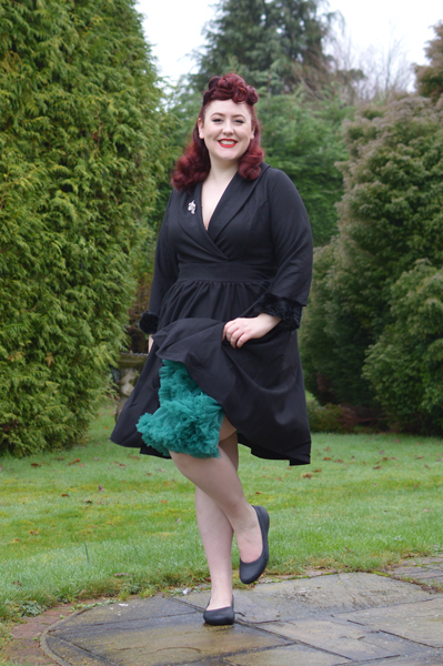 Miss Amy May plus size pinup review Dolly & Dotty 21 inches 53cm soft nylon fluffy petticoat giveaway contest
