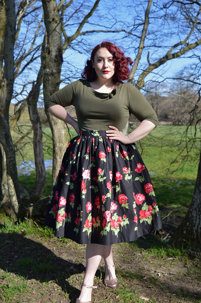 Antonia Skirt by Hell Bunny plus size fit sizing review Miss Amy May discount code hellbunny.com AMYMAY20!%