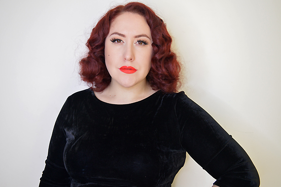 L'oreal Signature rouge matte liquid lipstick review swatches I Don't Miss Amy May