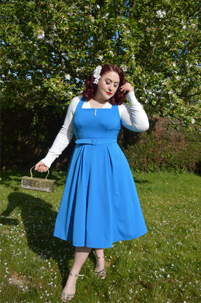 Beauty and the beast Belle cosplay disneybound disney fairy tale vintage inspired pinup Miss Amy May plus size fit review Bella-Blue dress gifted by Miss Candyfloss