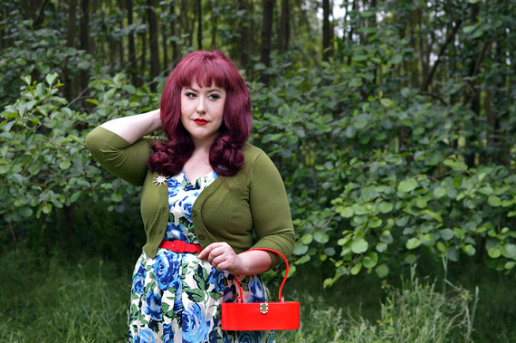 Blue Floral Hysteria dress gifted by Joanie Clothing plus size fit review Miss Amy May