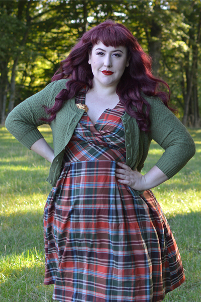 Hell Bunny plus size Oktober autumn tartan 50s dress size fit review Miss Amy May discount code Amymay20!% hellbunny.com