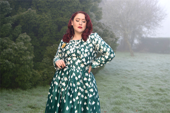Dolly and Dotty Annie 50s dress Green Myrtle Snowdrop print matching Betty jacket dress set plus size fit review pinup Miss Amy May
