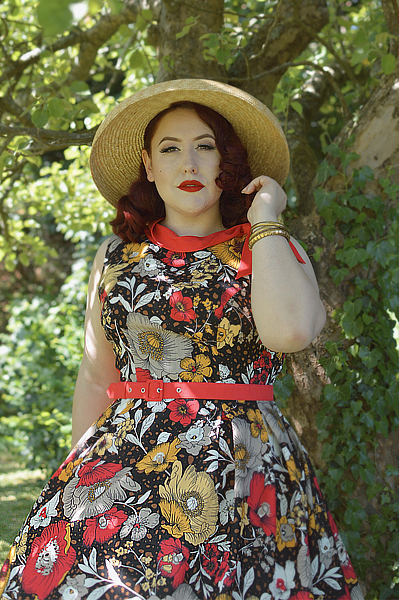Fit and size review by plus size pinup Miss Amy May of the Eliana-Coral dress gifted by Miss Candyfloss