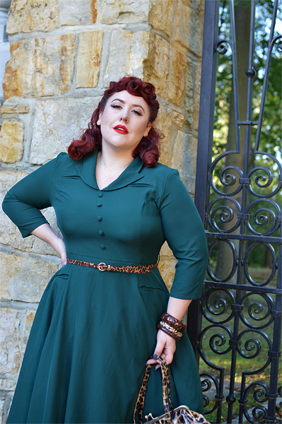 Fit and size review of the Gabriella Swing dress gifted by Hearts and Roses London by plus size pinup Miss Amy May