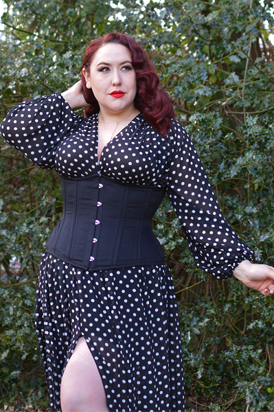 Miss Amy May wearing the Glamorous Corset Jade curvy black cotton underbust corset