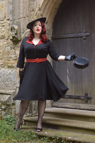 Plus size pinup Miss Amy May models the Lynette Animal print dress by Timeless London for a fit and sizing review